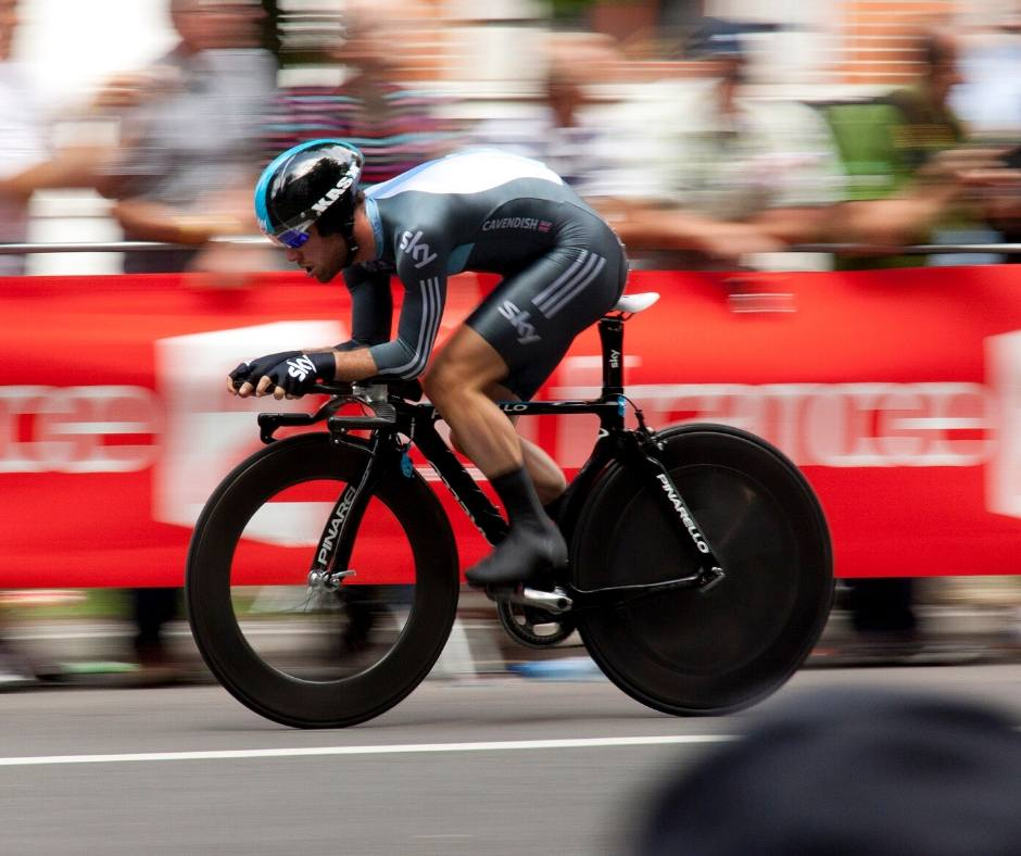This image has an empty alt attribute; its file name is Cyclist.jpg